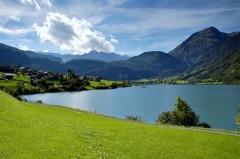 suisse-lac-montagne.jpg