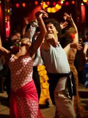 garcons et guillaume, danse.jpg