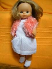 poupée robe blanche.jpg