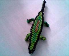 scoubidou crocodile.jpg