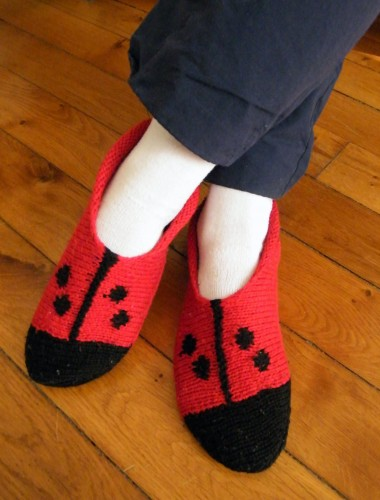 Chaussons coccinelles.jpg