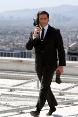 ciné embobine max-menace-chaussure-telephone.jpg